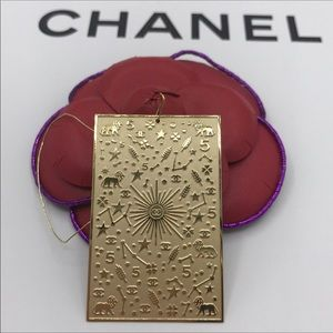 New Chanel Les Talismans metal charm